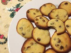 On poursuit le marathon des petits gâteaux de Noël avec des palets de dame… Bien qu'ils ne soient pas particulièrement associés aux fêtes, maman en faisait chaque année en plus de ses i…