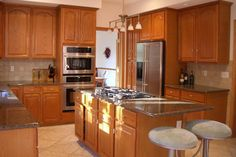 Pictures of Small Kitchens Designs With Wood Cabinets