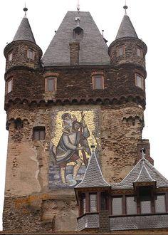 Tower of Reichsburg Castle, Cochem, Germany   Flickr: Intercambio de fotos