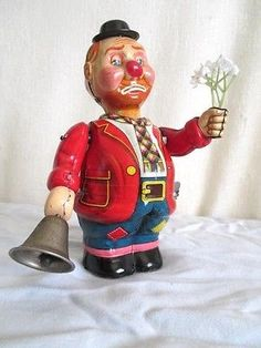 Old Tin T-N CLOWN SELLING FLOWERS Vintage WIND UP Japan Toy~~