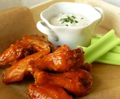 Slow Cooker Buffalo Wings with Blue Cheese Dip Recipe