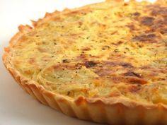 Tarta cu ceapa si cartofi Romanian Desserts, Romanian Food, Frittata, Vegetarian Recipes, Cooking Recipes, Quiche Lorraine, Tasty, Yummy Food, Cooking Time