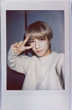Oneshot twoshot sweet things about Jeno and Renjun. [Fluff book] Bxb Area Fanfiction by NoRen Shipper ©norenshipper 2020 Nct 127, Ntc Dream, Nct Dream Members, Bff, Polaroid Pictures, Huang Renjun, Happy Pills, Jaehyun Nct, Jisung Nct