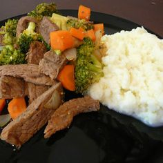 Beef with Broccoli and Carrots Stir Fry