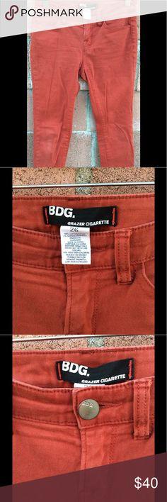BDG GRAZER CIGARETTE WOMEN JEANS. Terra-cotta color jeans, great color for any season.. BDG Jeans Skinny