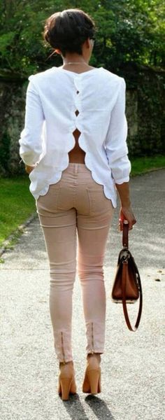 scalloped white shirt Stylish open back white blouse street style Fashion Wear, Girl Fashion, Womens Fashion, Fashion Design, Fashion Trends, New Mode, Cool Outfits, Summer Outfits, Blouse Designs
