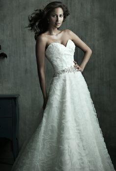 Allure Couture  --  Style: C173