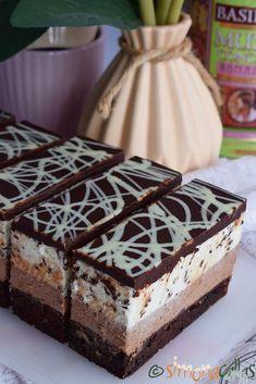 Cheesecake Tuxedo Sweets Recipes, Cookie Recipes, Chocolate Recipes, Chocolate Cake, Gateaux Cake, Arabic Food, Food Cakes, Tiramisu, Mousse