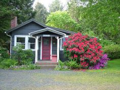 1 review and 15 photos for Sophie Seabreeze Cottage
