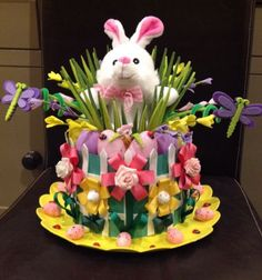 Handmade Easter Bonnet/Hat 'Bunny Garden in Home, Furniture & DIY Crazy Hat Day, Crazy Hats, Easter Bonnets, Easter Eggs, Easter Bunny, Easter Hat Parade, Diy For Kids, Crafts For Kids, Diy Crafts