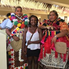 Mata'usi : Hello If you haven't checked out the @festpacguam festivities yet be sure to download the app and see what's on the schedule. There are so many things to see and learn! This couple is from Wallis and Futuna. #anjelicamalone #motheringnaturally #motheringnaturallyjourney #guam #guamlife #festpac2016 #adventure #culture #festival #festpac by motheringnaturally