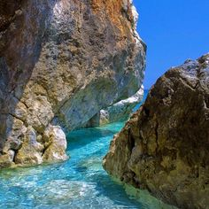 Pelion rocks Greece <3