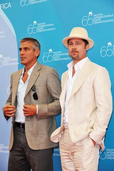 George Clooney and Brad Pitt during the 'Burn After Reading' Photocall part of the 65th Venice Film Festival at Palazzo del Casino showing a contemporary take on linen (Photo by Pascal Le Segretain/Getty Images).