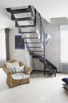 1000 images about escaliers on pinterest stairs metals and small space design. Black Bedroom Furniture Sets. Home Design Ideas