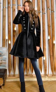 Paltoane De Iarna - Modele Cambrate Largi - Ce se poarta in iarna 2020 Victorian, Chic, Dresses, Style, Fashion, Shabby Chic, Swag, Moda, Elegant