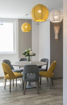 Classy Living Room, Living Room Decor Cozy, Home Living Room, Home Room Design, Dining Room Design, Interior Design Living Room, Yellow Home Decor, Color Yellow, Ideas