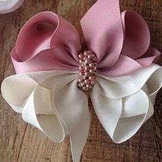 Diy Hair Bows Bow Hair Clips Flower Video Hair Bow Tutorial How To Make Ribbon Diy Hair Accessories Girls Bows Amigurumi Hairbows Making Hair Bows, Diy Hair Bows, Diy Bow, Diy Ribbon, Ribbon Work, Bow Hair Clips, Ribbon Crafts, Diy Crafts, Pinwheel Bow