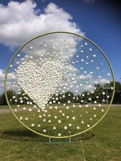 beautiful idea for any occasion.will use a hula hoop and then add design.This says: Floral tribute created for Stijn Simaeys' Memorial service, August 2016 that was…what a pretty background for the garden service. what a pretty background for the g Diy Wedding, Wedding Flowers, Garden Wedding, Trendy Wedding, Wedding Table, Wedding Ceremony, Dream Wedding, Wedding Photos, Foto Wedding