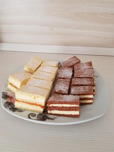 Mimóza szelet és fahéjas vaníliás szelet, két pompás és finom sütemény! - Ketkes.com Waffles, French Toast, Food Porn, Keto, Bread, Cooking, Breakfast, Recipes, Sport