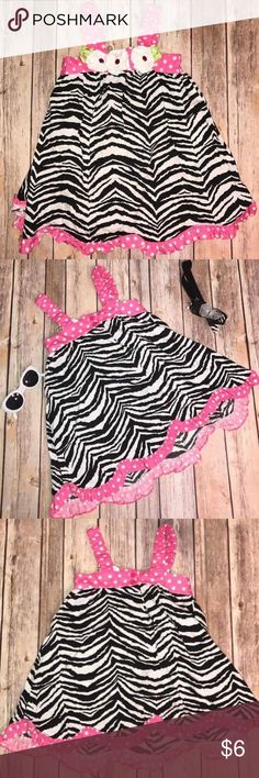 DRESS CASUAL FLORAL ZEBRA BLACK WHITE PINK 2T Bought from Kohls! Super adorable Zebra printed pattern like and flowers! In good condition! All our clothes come from a smoke free home! They are all inspected closely for no stains, no tears, and no rips! Bundle for savings! 💜💜💜 Dresses Casual