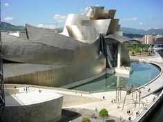 The Guggenheim Bilbao, designed by Frank Gehry. Contemporary architecture masterpiece and art in itself. Contemporary Architecture, Interior Architecture, Guggenheim Museum Bilbao, Frank Gehry, Urban Art, Real Estate, Public Spaces, Coconut Oil, Innovation Design