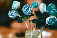 A Fabric Gift Bouquet : Flax & Twine - make these pretty fabric roses - easy enough for kids to make, too.