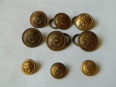 Gilt buttons with Kings Crown. Kings Crown, Royal Navy, Vintage Items, Amp, Buttons, Personalized Items, Ebay, Knots, Plugs