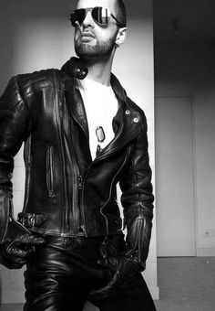 Leather daddy /