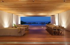Located on Harbour Island, Bahamas, this stunning beach home was sketched out by skilled architect Chad Oppenheim and was completed in Dubbed House Interior Design Career, Interior Design Living Room, Modern Interior, Design Interiors, Interior Ideas, Bahamas House, Architecture Design, Suite Principal, Interior Led Lights