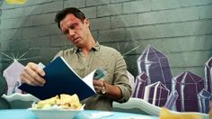 "Shut Eye 1x02 ""The Hanged Man"" - Charlie Haverford (Jeffrey Donovan) & Ted (Tyler Johnston)"