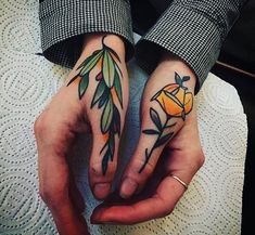traditional tattoo Neo-traditional flower thumb tattoos by Hand Tattoos, Thumb Tattoos, Finger Tattoos, Love Tattoos, Beautiful Tattoos, Body Art Tattoos, New Tattoos, Knuckle Tattoos, Old Style Tattoos