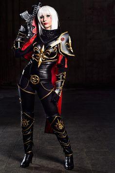 Illisia cosplayasKatrina from Sister of Battle (Warhammer 40K) Photo byJesús Clares