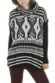 Poncho Pullover Black & White BADILA FW1516 -Fall Into Style Collection- Shop > Badila.gr