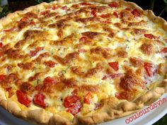 Tomate Mozzarella, Hawaiian Pizza, Bon Appetit, Starters, Entrees, Vegetarian Recipes, Food And Drink, Menu, Cooking