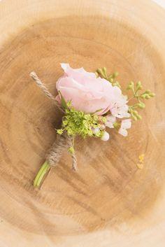 Spray rose blush boutonniere by Flower Shack Blooms/ rustic flowers/ shabby chic wedding #flowershackblooms