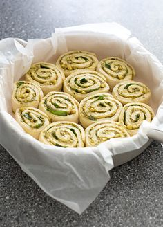 mini pesto rolletjes