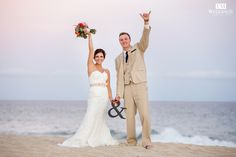 Love! Bride & Groom, Los Cabos. #emweddingsphotography  #destinationweddings #loscabosphotographer
