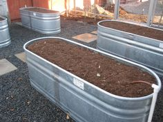 Here is a watering trough turned into a raised bed for vegetables. Each bed has it's own water valve so it can be turned of when not in use. Garden Troughs, Trough Planters, Galvanized Planters, Herb Garden, Outdoor Planters, Garden Planters, Outdoor Fun, Outdoor Ideas, Outdoor Decor