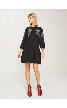 Sukienka z kwiatowym motywem, Sukienki, kombinezony, czarny, RESERVED