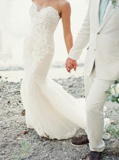 That dreamy dress though: http://www.stylemepretty.com/montana-weddings/swan-lake/2015/09/08/romantic-elegant-lakeside-montana-wedding/ | Photography: Jeremiah & Rachel - http://jeremiahandrachel.com/