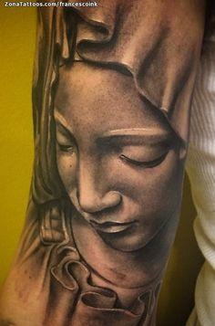 Tatuaje hecho por Fran Veneroni de Cádiz (España). Si quieres ponerte en contacto con él para un tatuaje/diseño o ver más trabajos suyos visita su perfil: https://www.zonatattoos.com/francescoink Si quieres ver más tatuajes de vírgenes visita este otro enlace: https://www.zonatattoos.com/tag/119/tatuajes-de-virgenes Más sobre la foto: https://www.zonatattoos.com/tatuaje.php?tatuaje=108166