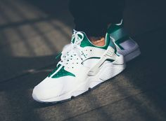 Nike Air Huarache Premium 'City' post image