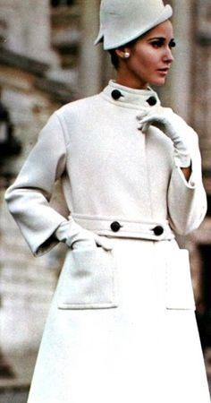 Merle Lynn is wearing a coat by Jacques Griffe (N° 1596), Vogue Patterns Counter Master Book Summer 1965