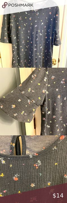 Super soft blouse made of Polyester, Spandex. Cute detail to sleeves and tie detail in the back at neck. Excellent used condition, smoke free home. Lc Lauren Conrad, Bell Sleeve Top, Smoke Free, Spandex, Blouses, Tie, Detail, Medium, Best Deals