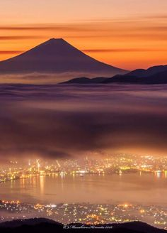 Peaceful Places, Beautiful Places, Best Nature Images, Travel Around The World, Around The Worlds, Zen Pictures, Bamboo Building, Japanese Artwork, Mount Fuji