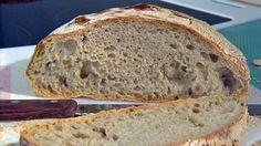 Brød uten å kna eller no knead bread. No Knead Bread, Omelette, Bread Baking, Scones, Baked Goods, Sandwiches, Berries, Lunch, Breakfast