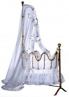 Brass Oval Cradle