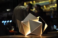 Folding Lamp by Thomas Hick // https://www.kickstarter.com/projects/1303267585/folding-lamp     #foldinglamp #ThomasHick