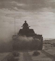 Panzer III Afrika Korps - pin by Paolo Marzioli Ww2 History, Military History, Erwin Rommel, Afrika Korps, Ww2 Tanks, Luftwaffe, North Africa, World War Two, Fotografia