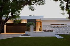 design-estate Designer Living Leon House 2